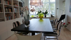 design tafel tafelblad opknappen renoveren eiken beits gelakt hamers meubel interieur